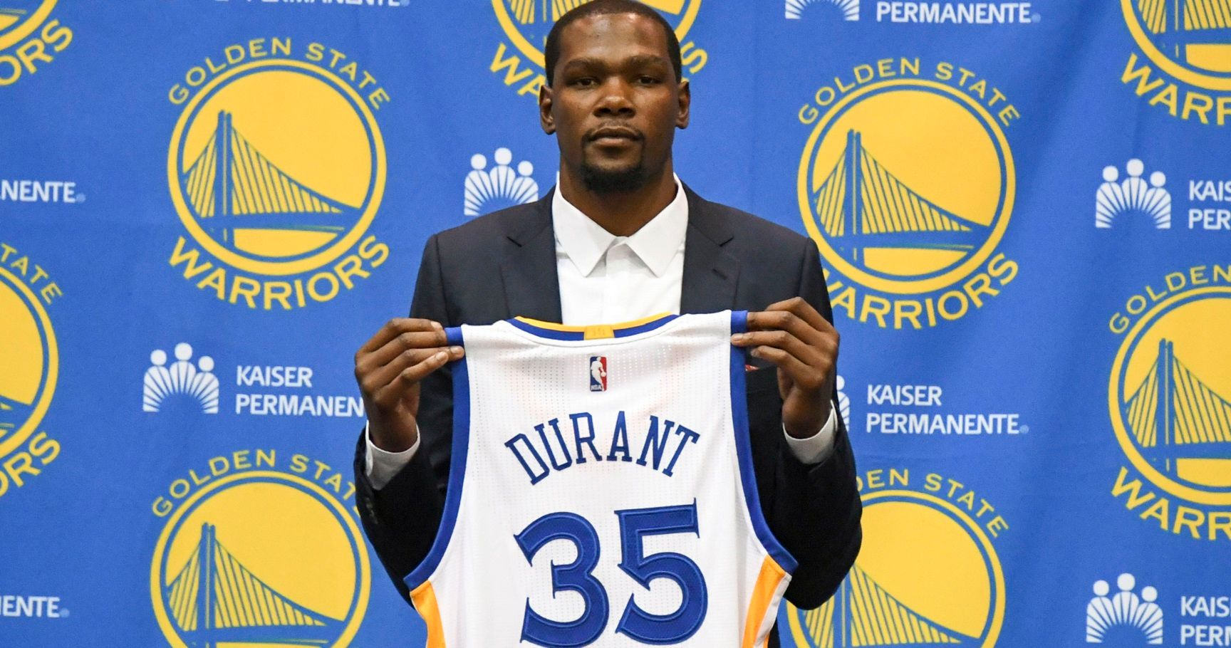 24403381e3ff 10 Reasons Kevin Durant Signing With The Warriors Was A Mistake... And 5  Reasons It Wasn t