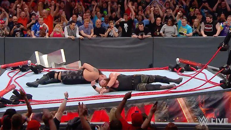 ring collapse braun strowman big show video raw