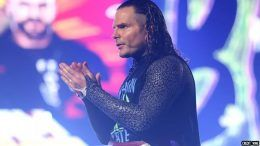 jeff hardy injured shoulder torn rotator cuff surgery