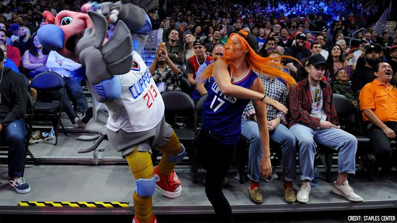 becky lynch slaps slapped clippers mascot video