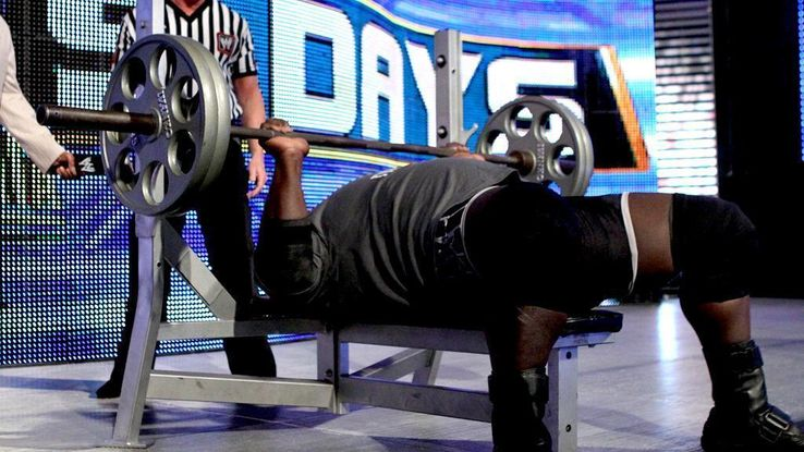 How Much Can WWE Stars Bench Press | TheSportster
