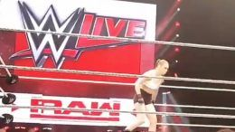 ronda rousey wwe live event debut video