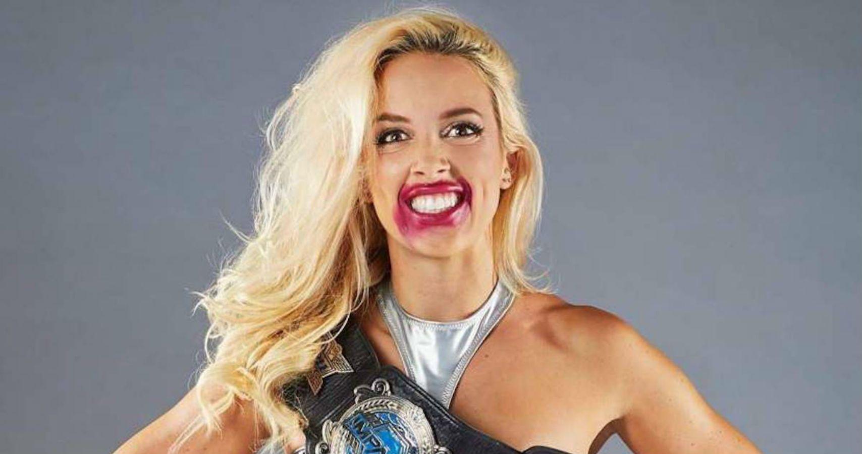 Sasha Banks Posts Lets Wrestle to Impacts Tessa