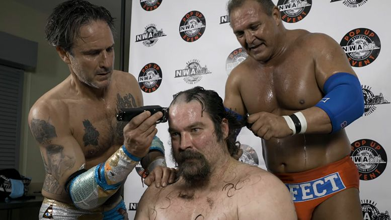 david arquette nwa head shaving shave pop up event new years clash video