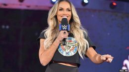 trish stratus final match summerslam charlotte flair