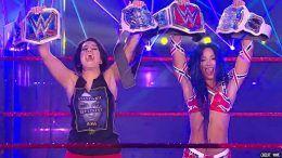 sasha banks officially wins raw women's championship asuka loses wwe