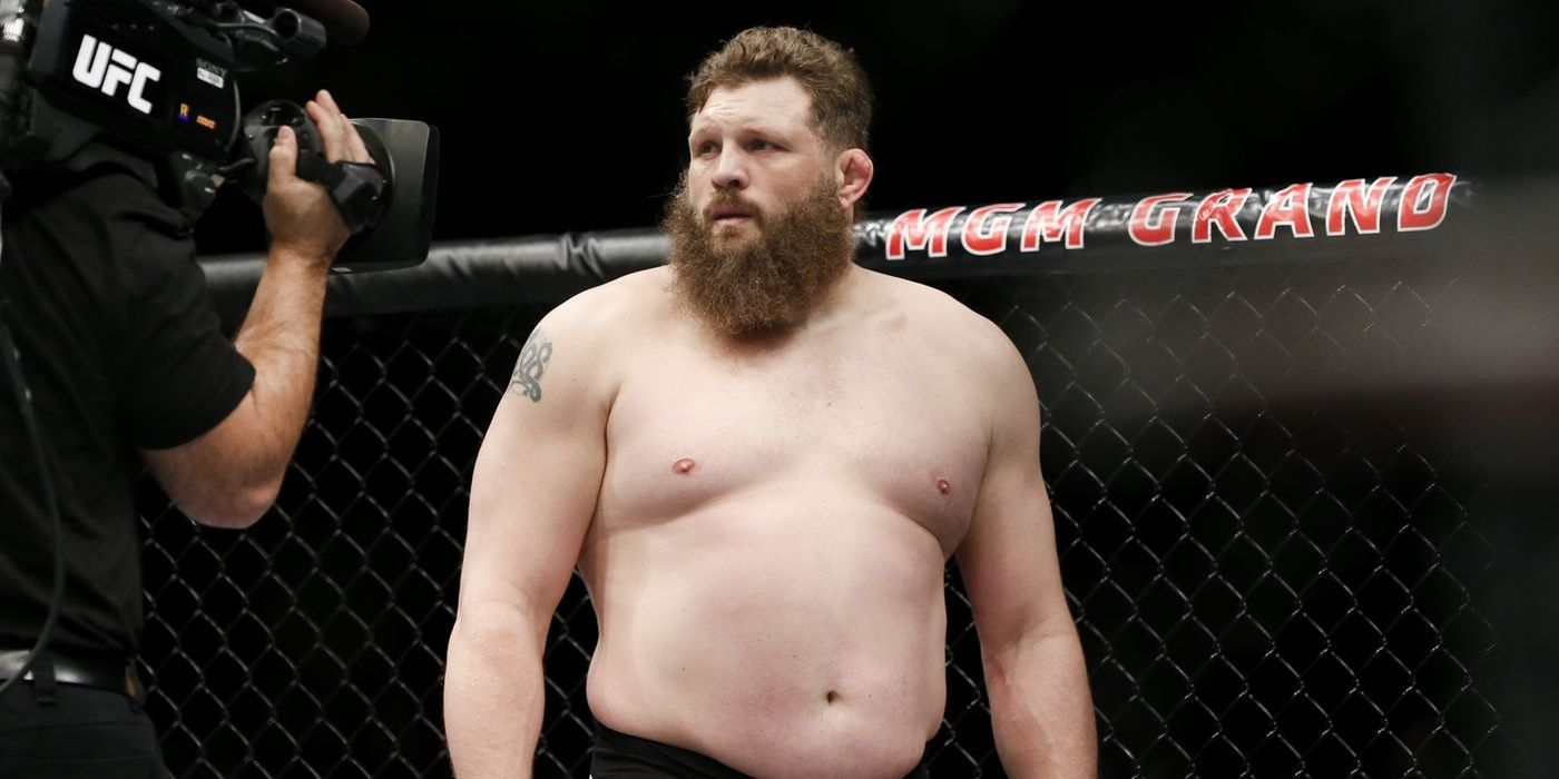 10 MMA Fighters You Didn't Realize Were Wrestling Fans